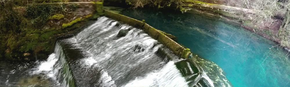 Source bleue de Dortan